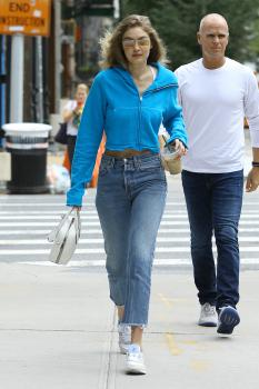 Gigi Hadid out in NYC 10/5/18p6rmfngdlz.jpg
