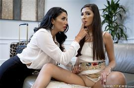 hotandmean-18-10-06-missy-martinez-and-gianna-dior-the-naughty-nanny-part-1.jpg