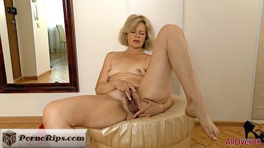 allover30-18-10-06-diana-v-mature-pleasure.jpg