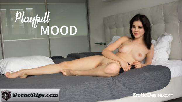 eroticdesire-18-07-21-malena-fendi-playful-mood.jpg
