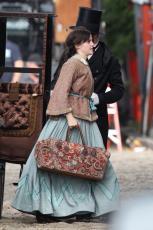Emma Watson - Filming Little Women in Boston - 10.09.2018 84710511_021