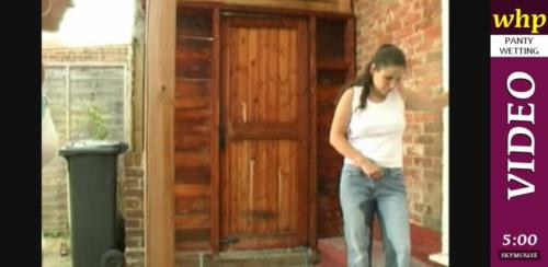 Nicky O pees her jeans.