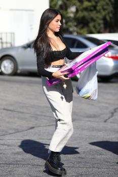 Madison Beer shopping in LA 10/10/18 a6rpgv03yh.jpg