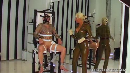 Rubber Goddess Kate – Punischmend on the Fuck Chair. Rubber-empire.com (307 Mb)