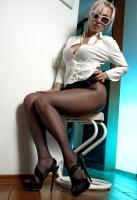 Klaris - Experienced milf loves black tights 26rpq22jaz.jpg