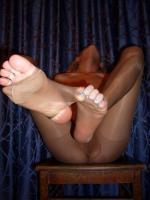 Amateur - Ragged tights of a horny milf k6rq5kunax.jpg