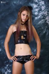 83590804_elona_fashion_model_25_138.jpg