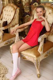 83590813_elona_model_fashionlend_33_079.jpg