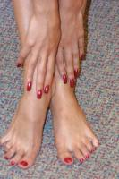 Janet-Taylor-Brunettes-lesson-of-sexy-long-legs-and-feet-Grace-16rr0wol7u.jpg