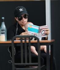 Eva Longoria - Out & about at the Gold Coast in Queensland - 10.20.2018 86079574_012