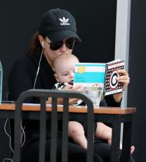 Eva Longoria - Out & about at the Gold Coast in Queensland - 10.20.2018 86079590_018