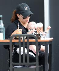 Eva Longoria - Out & about at the Gold Coast in Queensland - 10.20.2018 86079695_036
