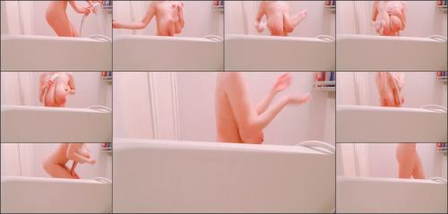 Hitomi_Official_video-short shower time of night