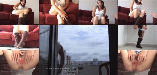 078 — balcony_closeup_15
