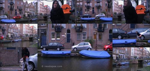 187_-_Rebekah_-_Amsterdam_Canal_Pee