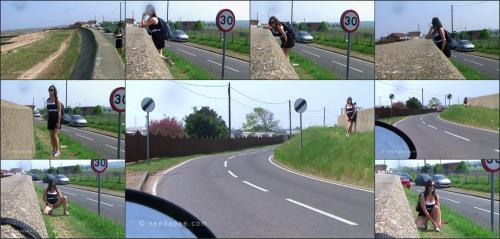 196_-_Rebekah_-_Seawall_Roadside_Pee