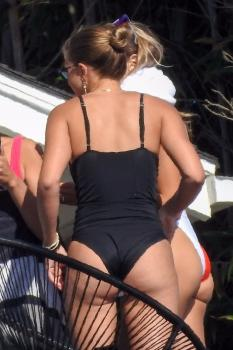 Sofia Richie in a swimsuit at a pool party in Malibu 10/1/18 z6rkdtw0pe.jpg